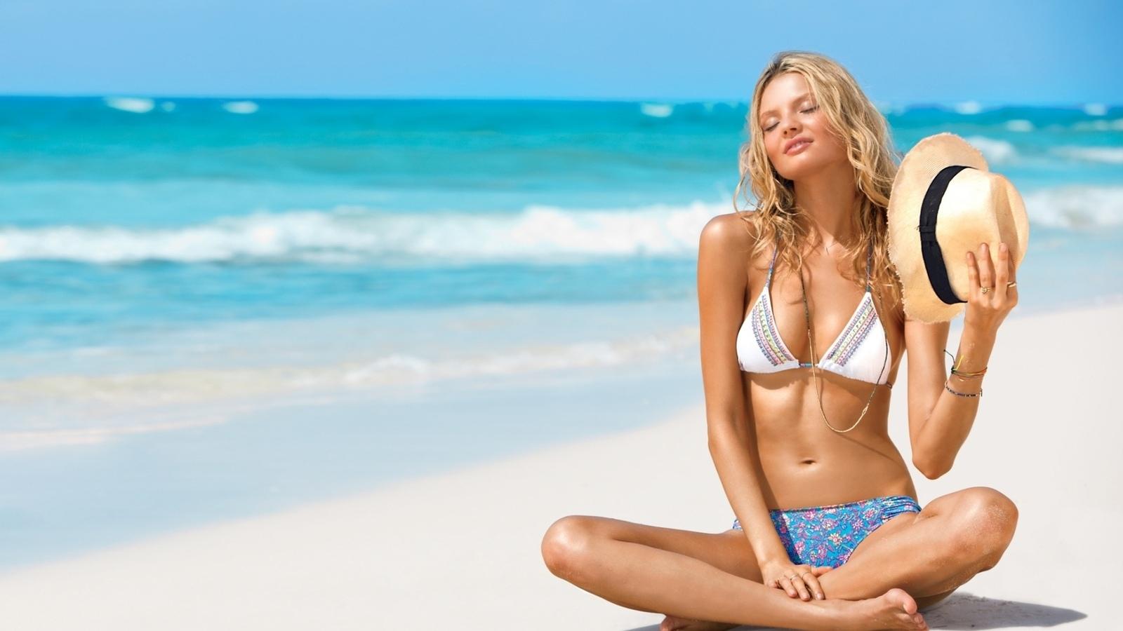 Секс порно красивых девушек на курортных пляжах